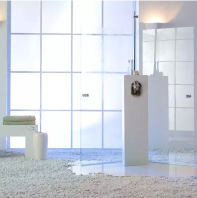 Privacy | milky white large  format 152 cm / 172 cm